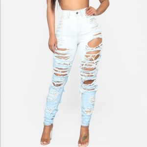 Sexy Distressed Jeans
